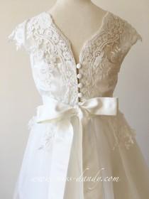 wedding photo - Flower girl dress, Lace Flower Girl Dress, Ivory White Lace Flower girl Dress, Rustic Boho Lace Tulle flower girl dress, Communion dress