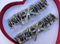 wedding photo - New White Sage Mossy Oak Camouflage Camo Wedding Garter Hunting Deer Hunter Chick Prom GetTheGoodStuff