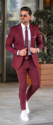 wedding photo - Men Suits Maroon 2 Piece Wedding Groom Wear One Button Body Fit Suits