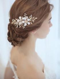 wedding photo - Handmade Vintage Style Gold Leaf Floral Pearl Bridal Haircomb