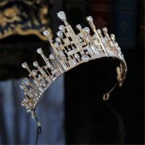wedding photo - Super Fashion Gold Wedding Crown Geometric Shape Bridal Crown Special Morden Crystal Photo Shoot Crown Crtsyal Girls Birthday Crown Gift