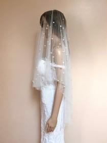 wedding photo - Abington pearl veil in ivory (veil with the blusher)