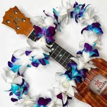 wedding photo - Graduation Hawaiian Lei - White & Dyed Orchid Single Lei