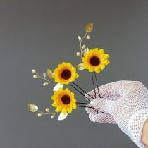 wedding photo - Sunflower hair pins, Sunflower Wedding hair accessories, Bridesmaid hair clip, Sunflower hair piece, Floral Headpiece, Sunflower Barrette