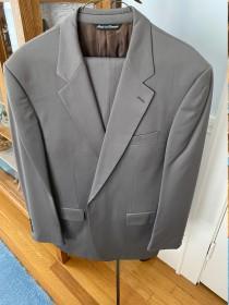 wedding photo - Men's olive suit /43L/35