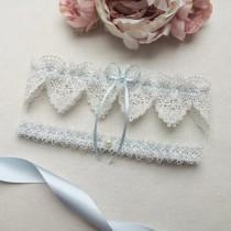wedding photo - Something blue wedding garter set, ivory venise lace garter set, bridal garter set with pearls