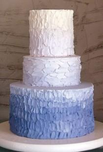 wedding photo - Textured / Ombre Wedding Cake ♥ Hochzeitstorte Design