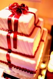 wedding photo - The Wedding Cake