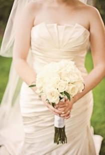 wedding photo - Find Your Wedding Bouquet