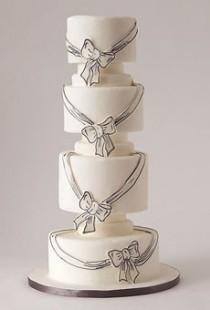 wedding photo - الأبيض فندان كعكة الزفاف الخاصة