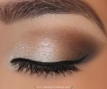wedding photo - Gorgeous Nude Smokey Eye Makeup ♥ Natural Wedding Makeup