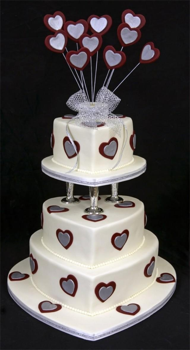 wedding cake hearts wedding cake 2064582 weddbook 22808