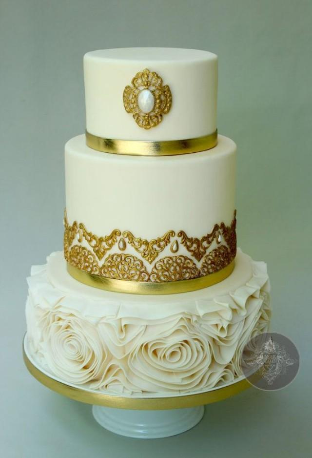 gold and white wedding cake ideas gold wedding white amp gold wedding cakes 2113547 weddbook 14744