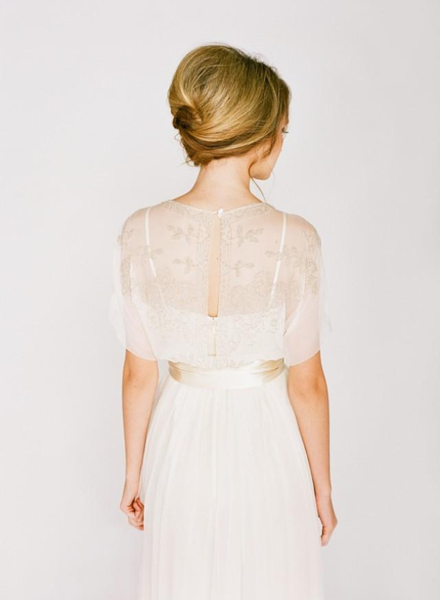 Wedding Hair Inspiration Tutorials The French Twist Bridal Musings Weddbook