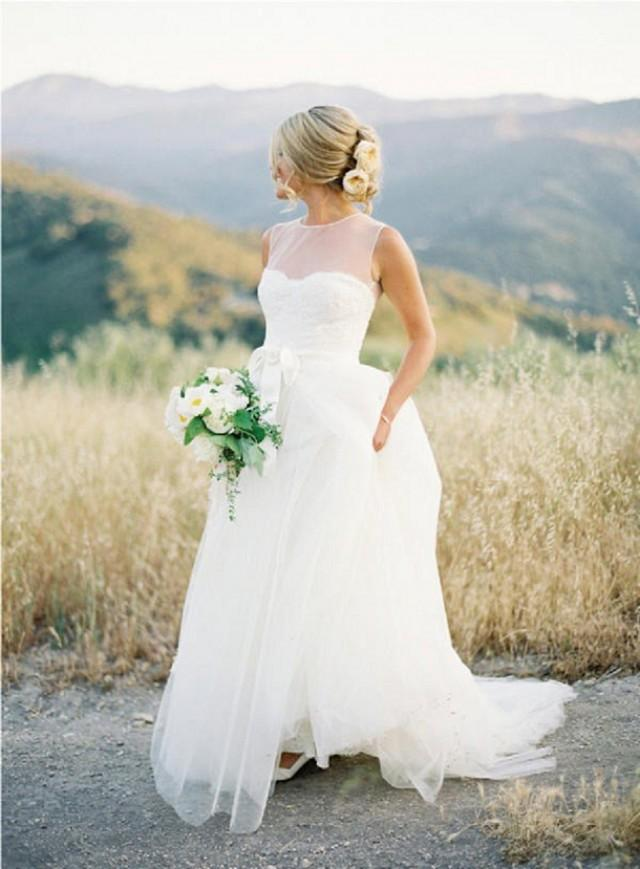 Real Life Bride S Wedding Dress Ping Journey B Loved Weddings Uk Blog Inspiration For Pretty Contemporary Planner