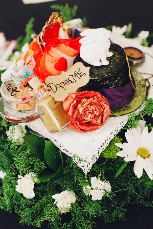 These Two Made Amazing Disney Themed Centerpieces Out Of Their Childhood Toys Weddbook