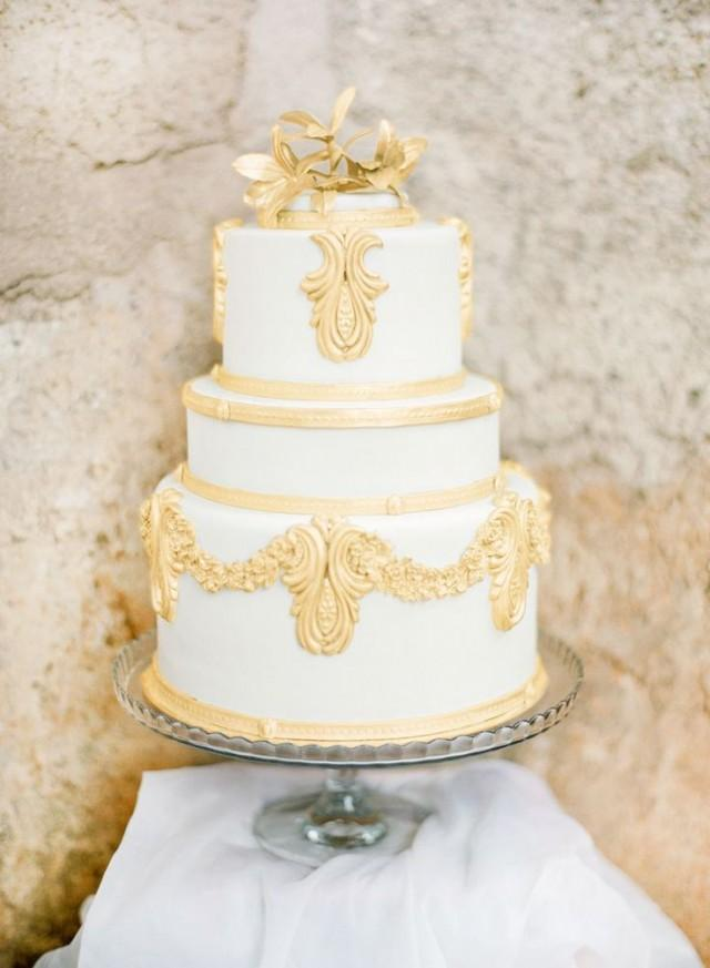 white gold wedding cake cake white amp gold wedding cakes 2262305 weddbook 27294