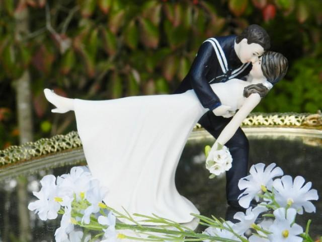 wedding cake topper groom dipping bride usn navy sailor groom dip 26328