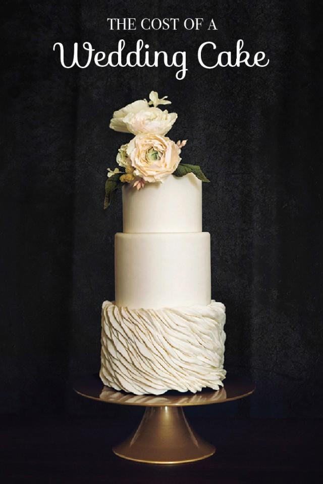 typical cost of wedding cake cost of a wedding cake weddbook 21394