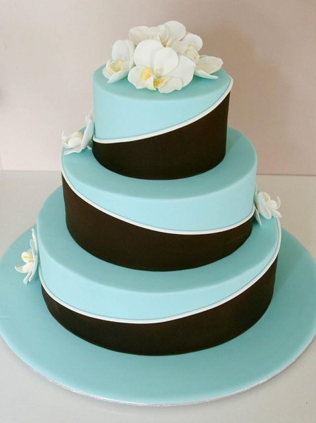 light blue and brown wedding cakes 23 blue wedding cake ideas weddingomania 16845
