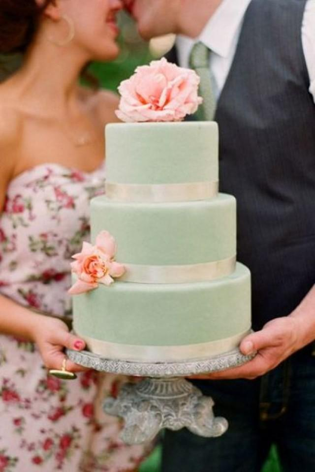 mint green and gold wedding cakes 24 gentle mint green colored wedding cakes weddingomania 17444