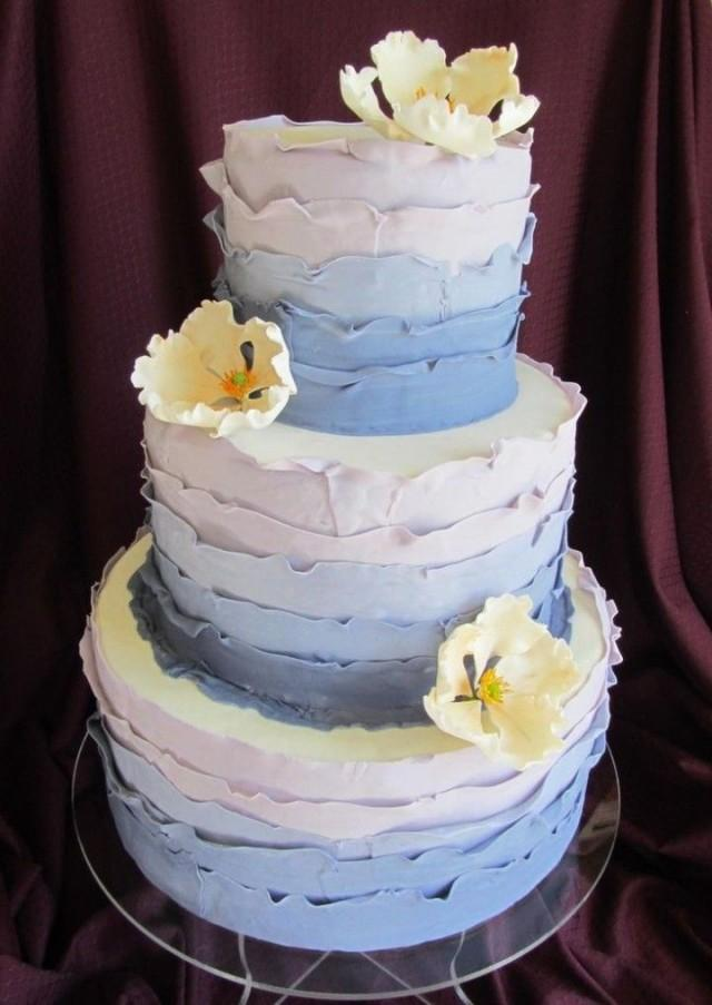 beautiful and simple wedding cakes simple wedding cakes with beautiful details 2362789 11203