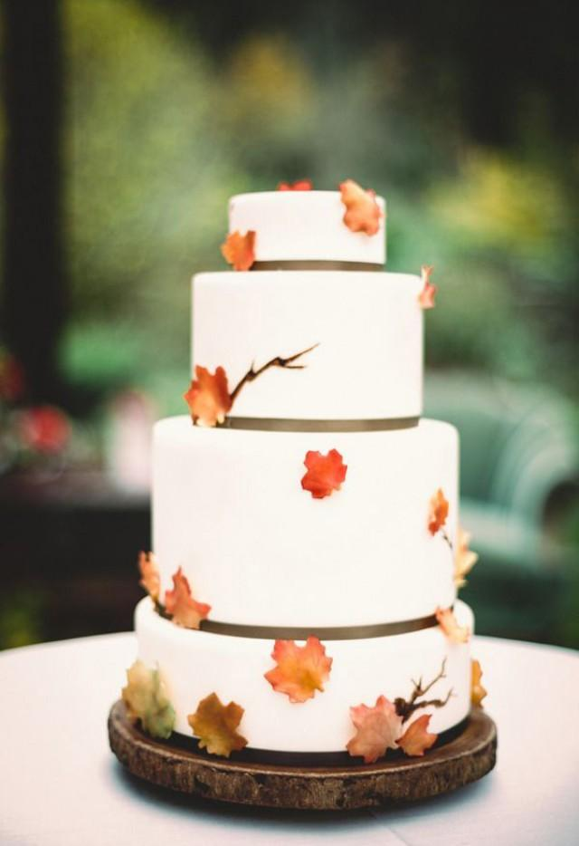 fall leaf wedding cake topper fall wedding cake trends weddbook 14147