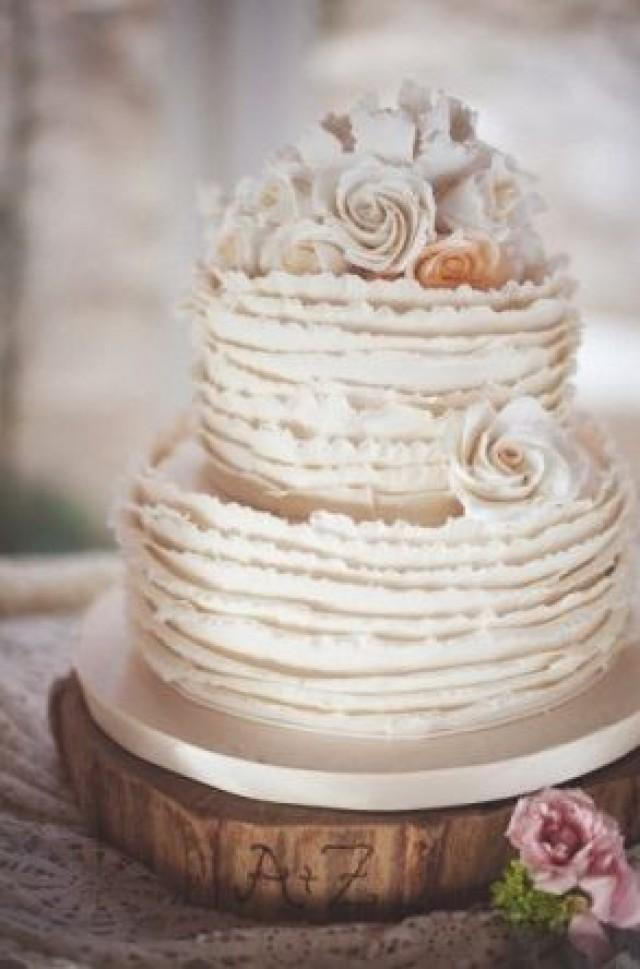 shabby chic wedding cake ideas really beautiful shabby chic wedding cakes 2372305 weddbook 19767