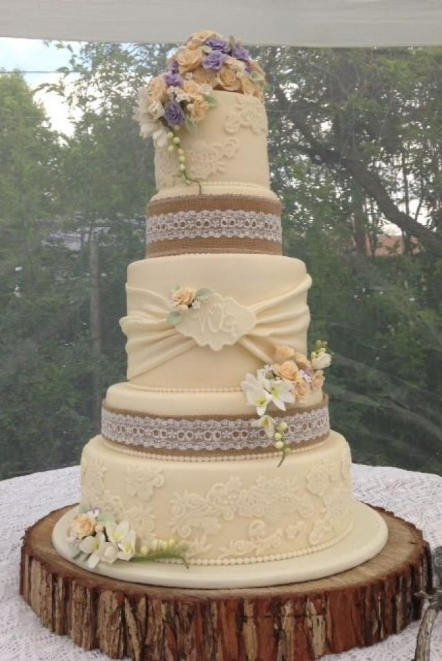 vintage inspired wedding cakes vintage rustic wedding cake wedding cakes 2422988 21602