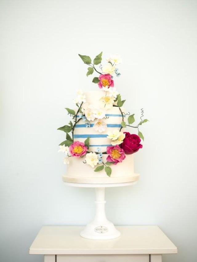 top wedding cakes 2016 cake the top 12 wedding cake trends for 2016 2423071 21102