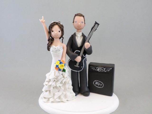 wedding cake toppers guitar groom wedding cake topper personalized amp groom with a 26486