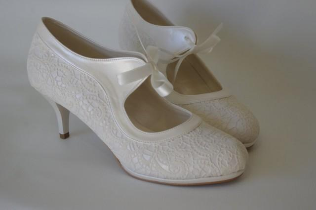 red shoes for wedding wedding shoes salsa guipure lace ivory 7011