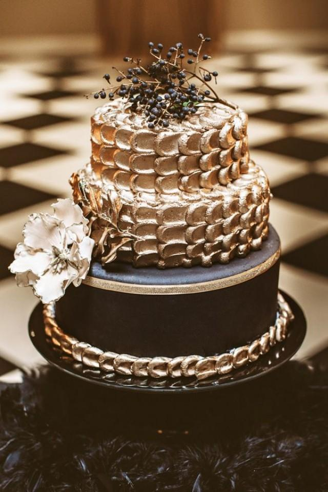 black and gold wedding cake table cake black and gold new year s wedding 2478901 11814