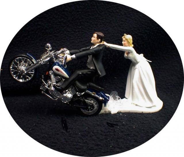 wedding cake topper harley davidson motorcycle motorcycle wedding cake topper w blue harley 26335