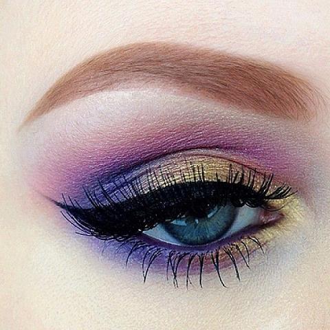 Purple Wedding Purple & Gold Eyeshadow Weddbook