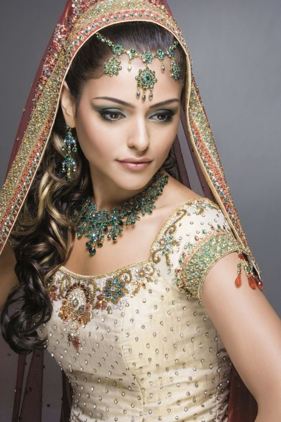 Robe de mariee inspiration indienne