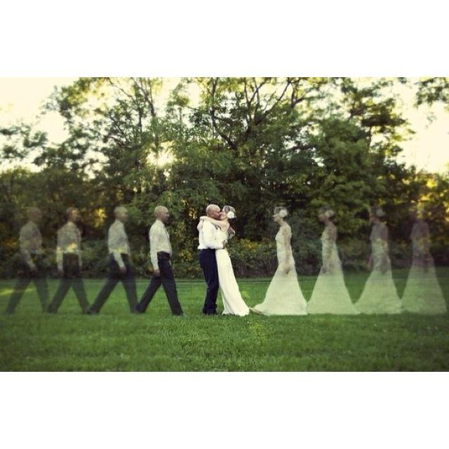 Really Cool Wedding Picture Idea
