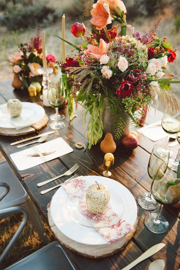 Glittery Thanksgiving Wedding Ideas 011