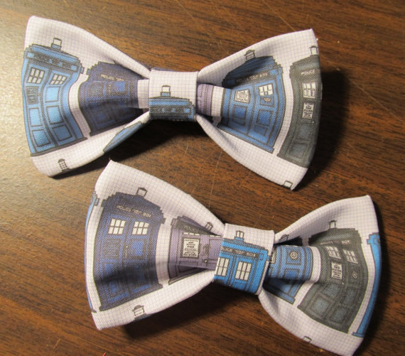 Dr Who Blue Tardis Bow Tie Clip