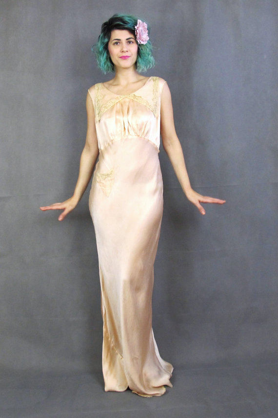 Finest 1930s Silk Slip Dress Bias Cut Silk Night Gown Pink Vintage  XP47