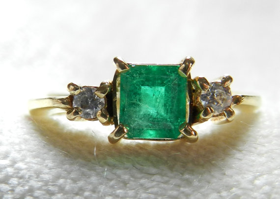Emerald Engagement Ring Vintage 1 Carat Columbian Emerald Ring