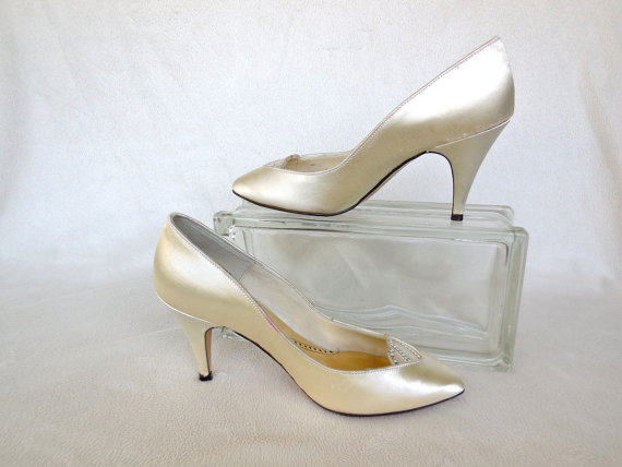 Vintage Satin Wedding Dress Shoes Cream Highheels Prom Spring Heels Mad Men Hollywood Glam Retro 70 S Las Size 5 M