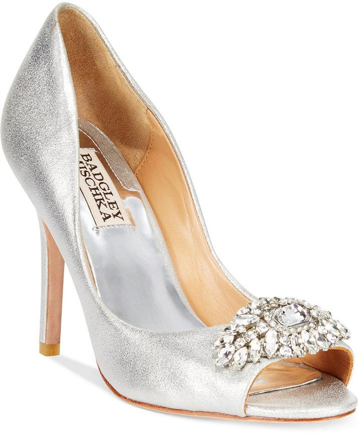 silver shoes for a wedding badgley mischka badgley mischka lavendar pumps 2282808 7442
