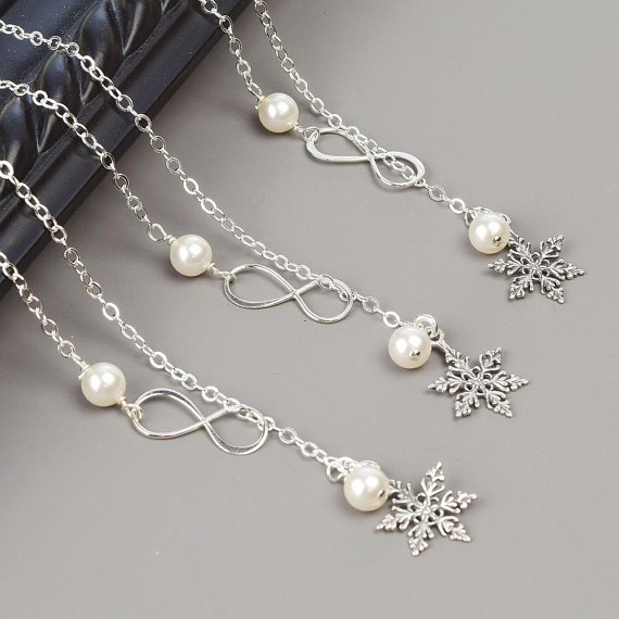 Snowflake Bridesmaid Necklaces Set Of 6 15 Off Sterling Silver Custom Swarovski Pearl Necklace Winter Wedding Jewelry Bridal