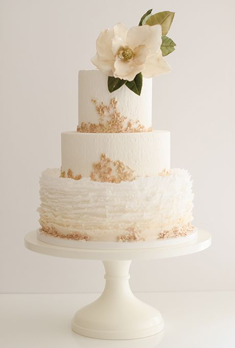 50 most beautiful wedding cakes cake the 50 most beautiful wedding cakes 2330460 weddbook 10433