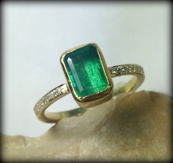 Emerald Gemstone And Yellow Gold Ring Emerald And Diamond