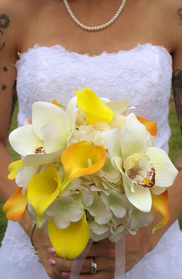 yellow calla lily wedding bouquet wedding bouquet yellow orange real touch calla white 1514