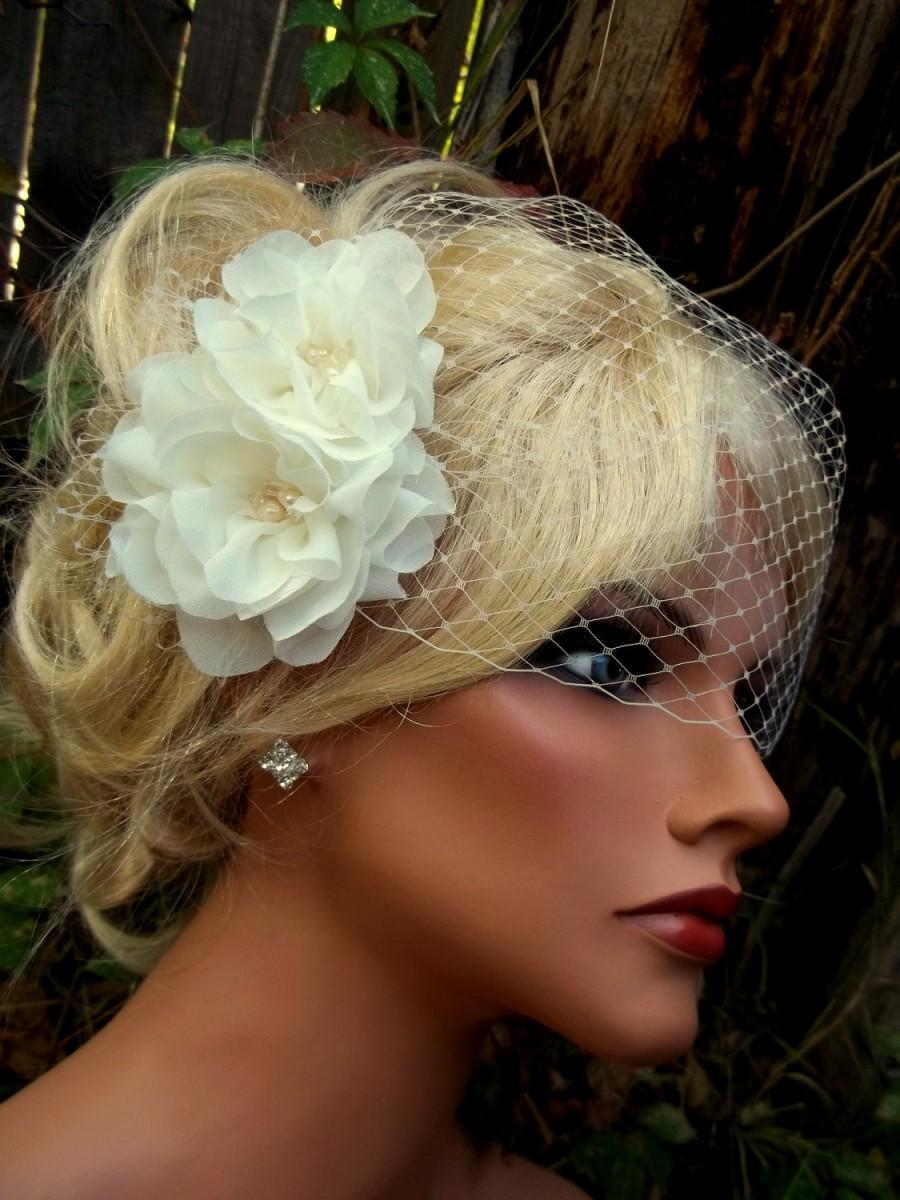 wedding fascinator, bridal veil, flower hair clip, bridal hair clip