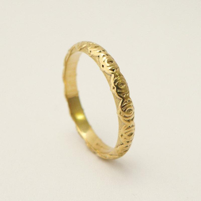 14 Karat Gold Simple Wedding Ring For Women With Delicate Pattern Thin Band Vintage S