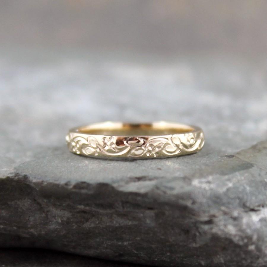 14k Yellow Gold Wedding Band Design Stacking Ring Pattern